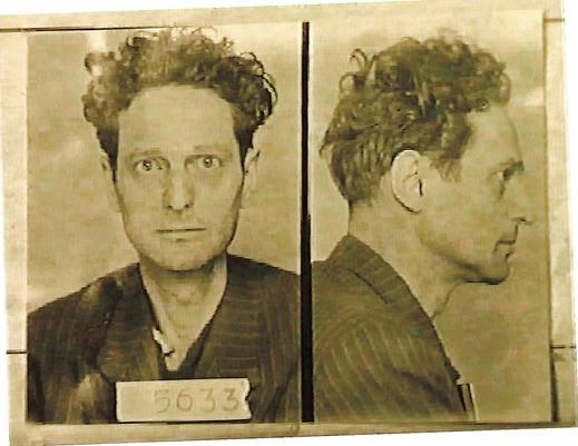 Het gevangenisportret van Richard Wurmbrand.