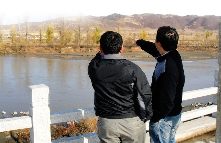 Noord-Koreaanse christenen kijken vanuit Zuid-Korea naar hun thuisland