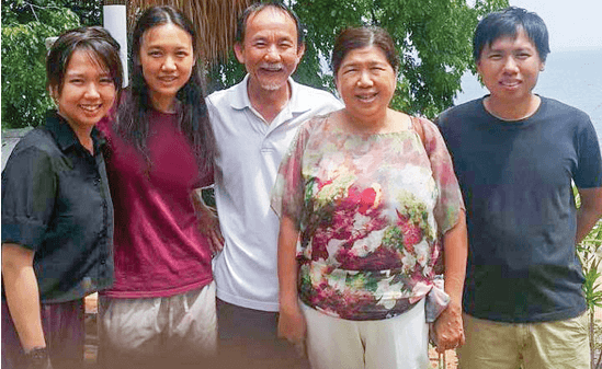 Het gezin van Raymond Koh. V.l.n.r. Esther, Elisabeth, Raymond, Susanna en Jonathan Koh
